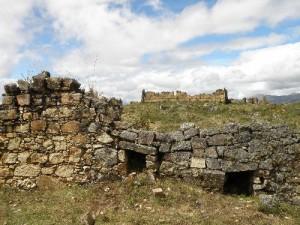 Rescatan murallas de complejo arqueológico Marcahuamachuco en La Libertad, Perú