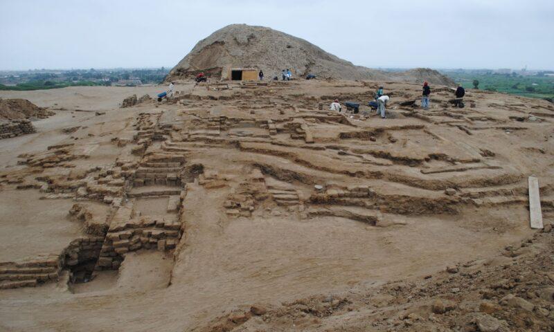 Encuentran indicios de altar de señor Moche en Huaca del Sol en Trujillo