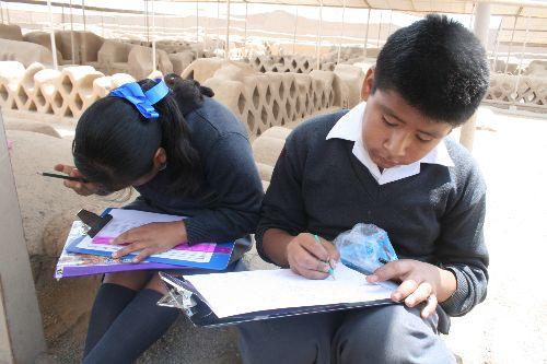 Escolares trujillanos demostraron talento al dibujar maravillas de Chan Chan, La Libertad, Perú