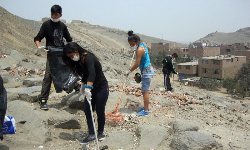 Comunidad de Ate participa en mantenimiento y protección sitio arqueológico de Puruchuco