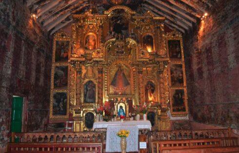 Virgen-Purificada-de-Canincunca-Capilla-Interior