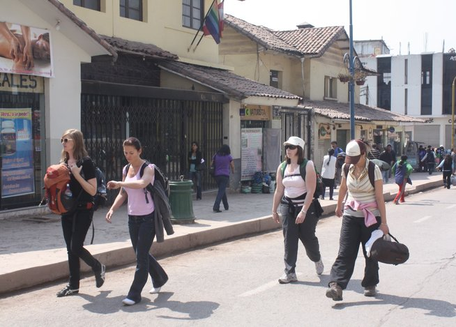 Paro de 48 horas para los días 21 y 22 de octubre del 2015 en Cusco contra  D.L. N° 1198, afectará al turismo