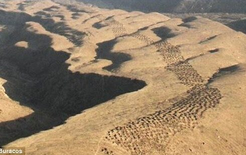 band-of-holes-pisco-nazca