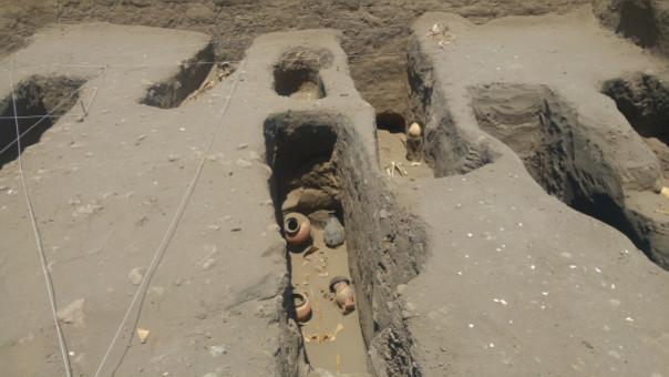 Reportan hallazgo de 17 entierros Chimú-Inca en huaca Chornancap en Lambayeque